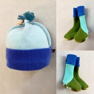 BABY HAT & BOOTIES SET - blue and green
