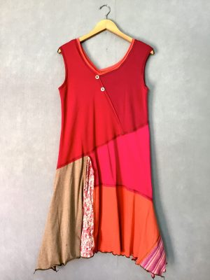 Rosey Tones SLEEVELESS DRESS - M