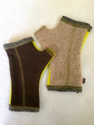 CASHMERE (CM) GLOVES - brown/lime green
