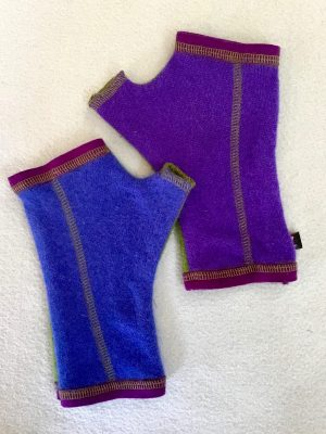 CASHMERE (CM) GLOVES - blue/purple/green