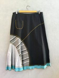 BLACK AND GRAY STRIPE 8 Piece Skirt - M