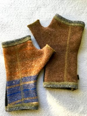 CASHMERE (CM) GLOVES - Brown and Black
