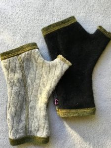 CASHMERE (CM) GLOVES - Gray and Green