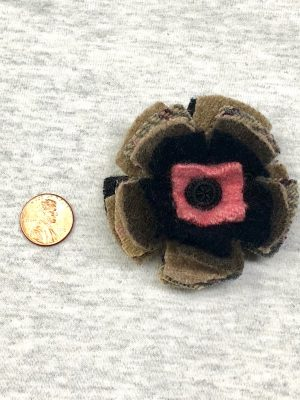 Bloomin' Pin - black pink neutral